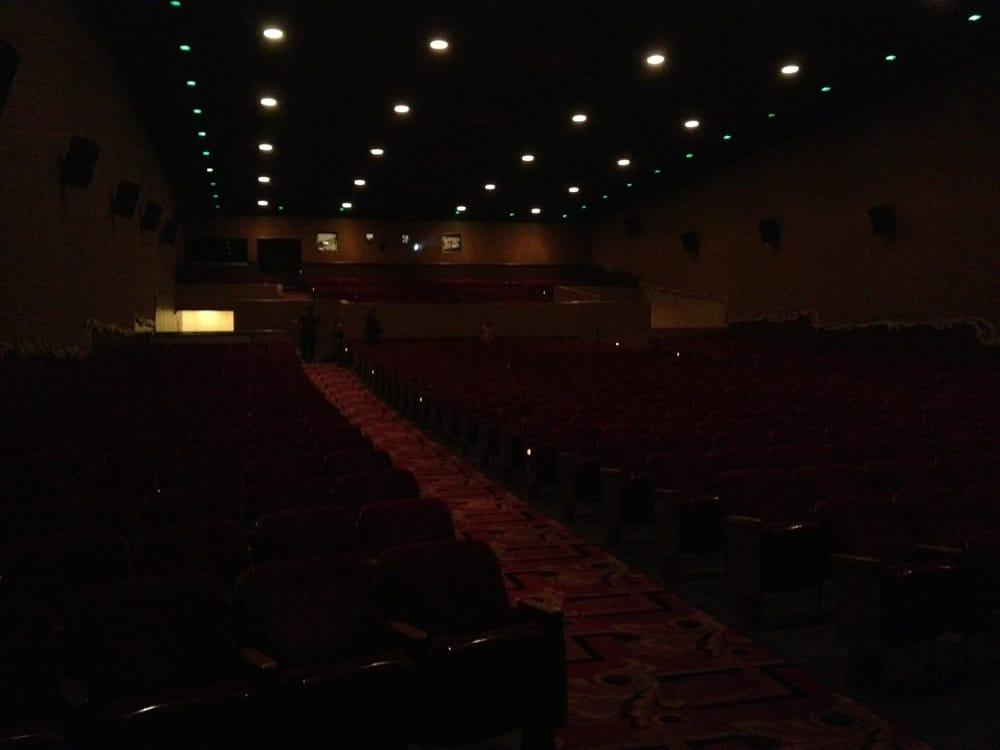 Hyart Theatre: 251 E Main St, Lovell, WY