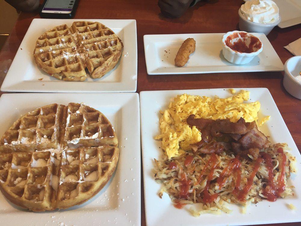 Joe's American Diner: 3908 Prince William Pkwy, Woodbridge, VA