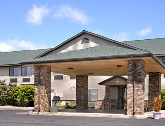 Days Inn by Wyndham Iron Mountain: 2001 South Stephenson Avenue, Iron Mountain, MI
