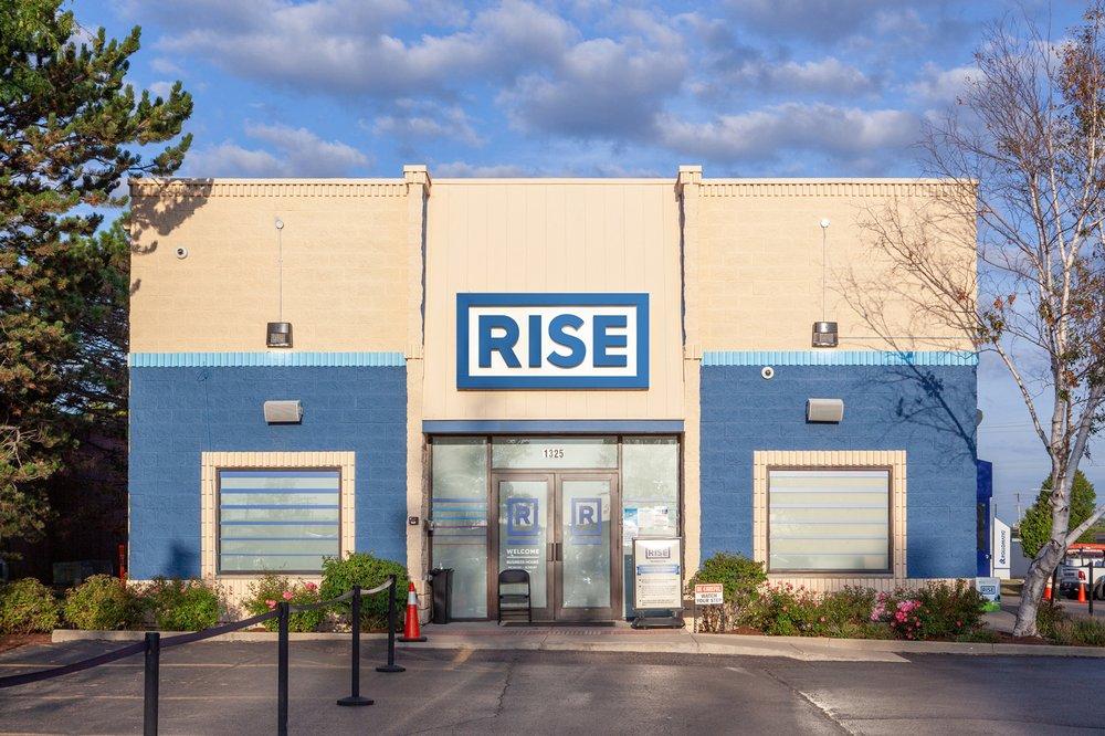 Rise Dispensaries - Mundelein: 1325 Armour Blvd, Mundelein, IL