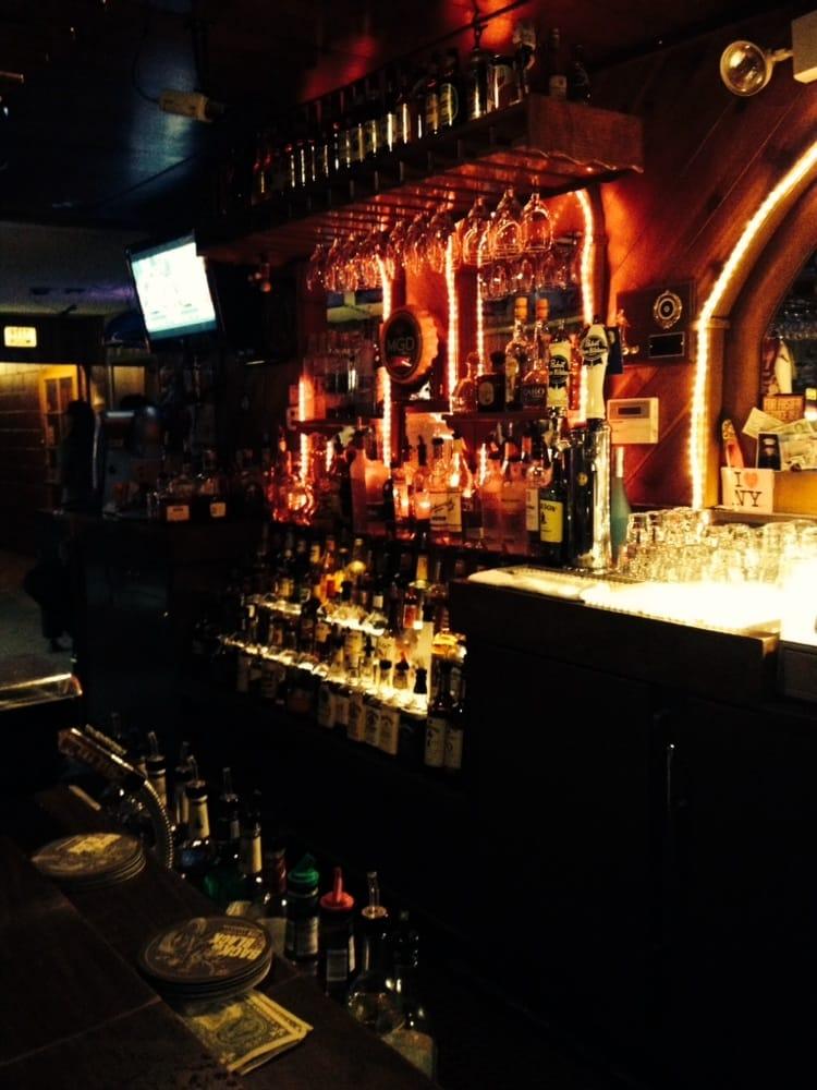 Vieira's Lounge: 1700 McHenry Ave, Modesto, CA