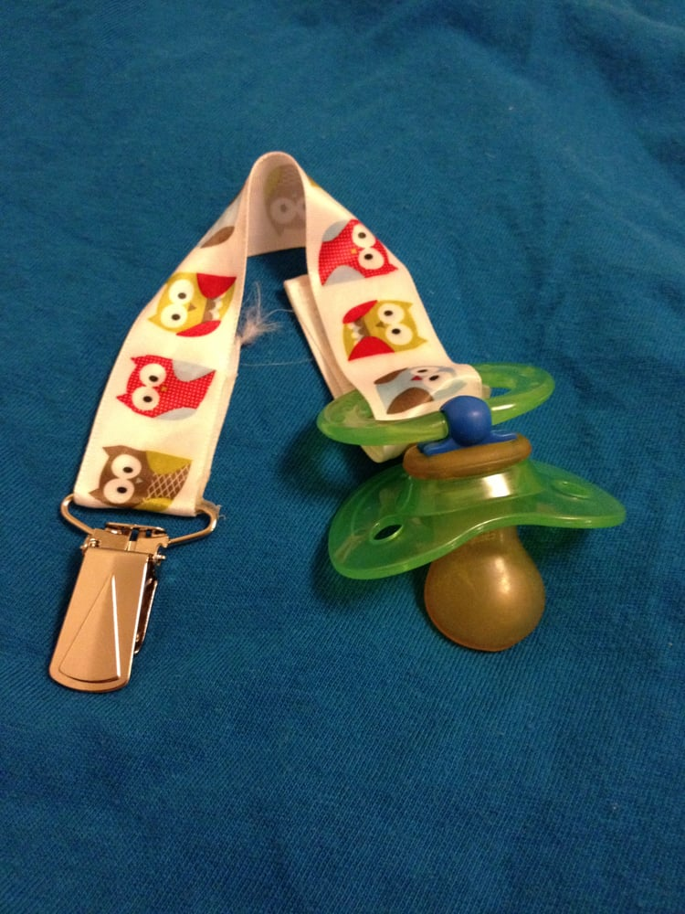 A Pacifier Clip I Made Using Ribbon A Mitten Clip And