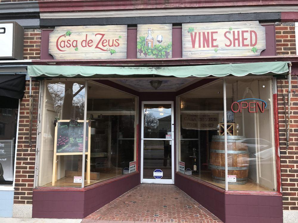 Casa de Zeus Vine Shed: 137 N High St, Millville, NJ