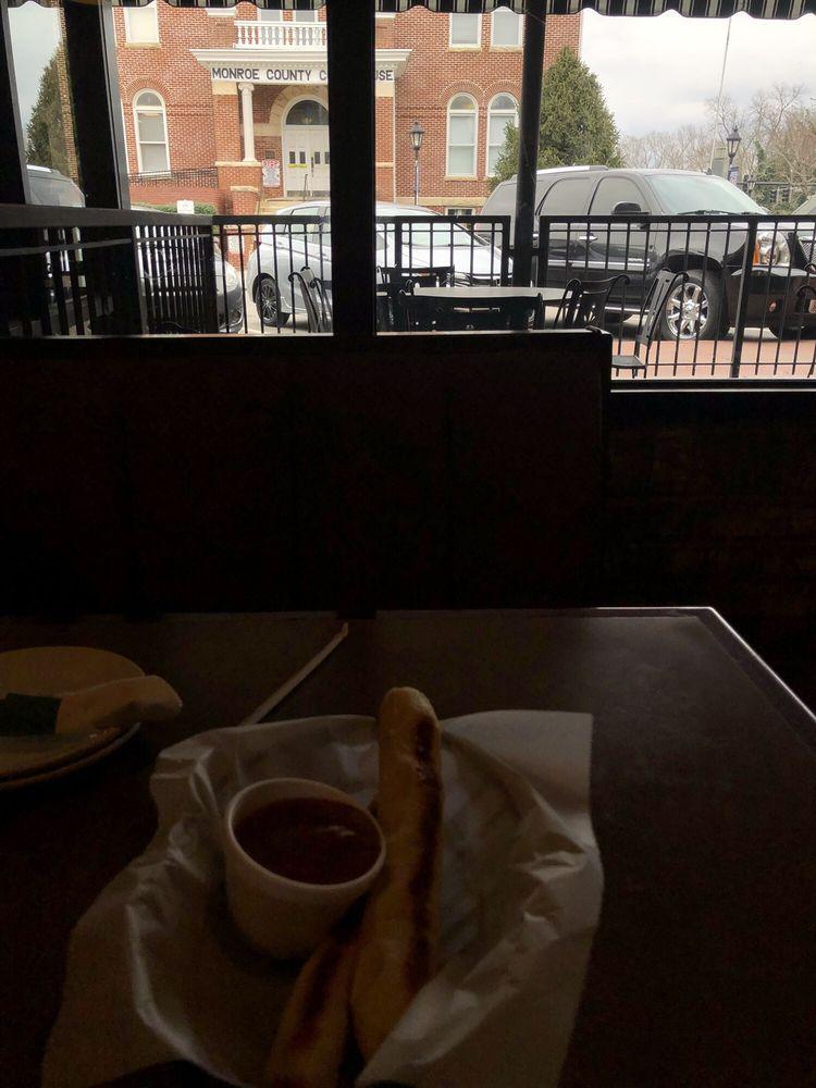 The Patio Italian Restaurant: 107 College St, Madisonville, TN