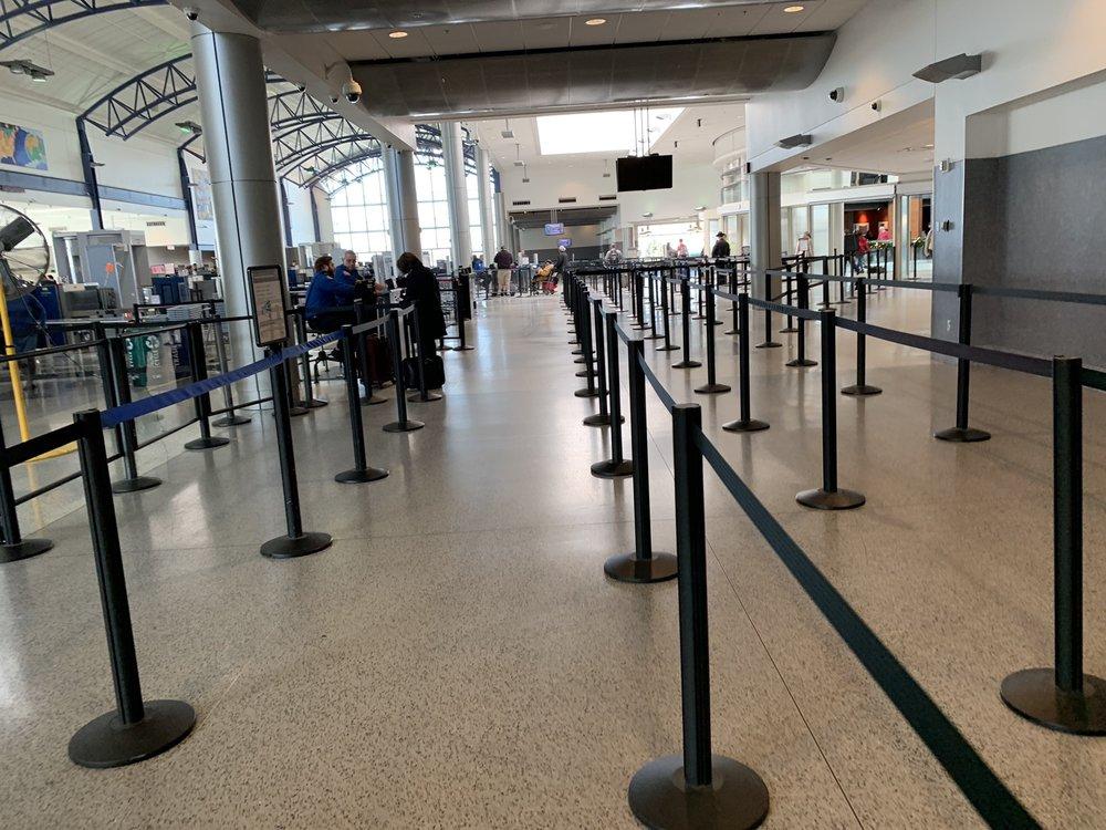TSA Checkpoint T3-MCP: 2939 Terminal Dr, Hebron, KY