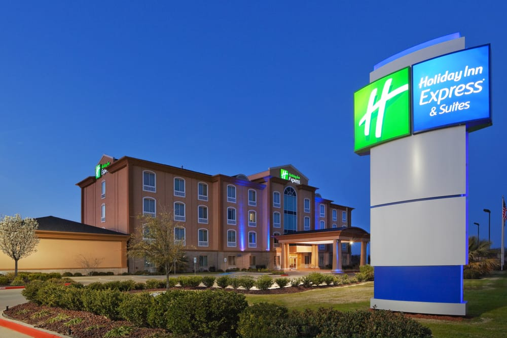 Holiday Inn Express & Suites Corsicana I-45: 620 Bryans Way, Corsicana, TX