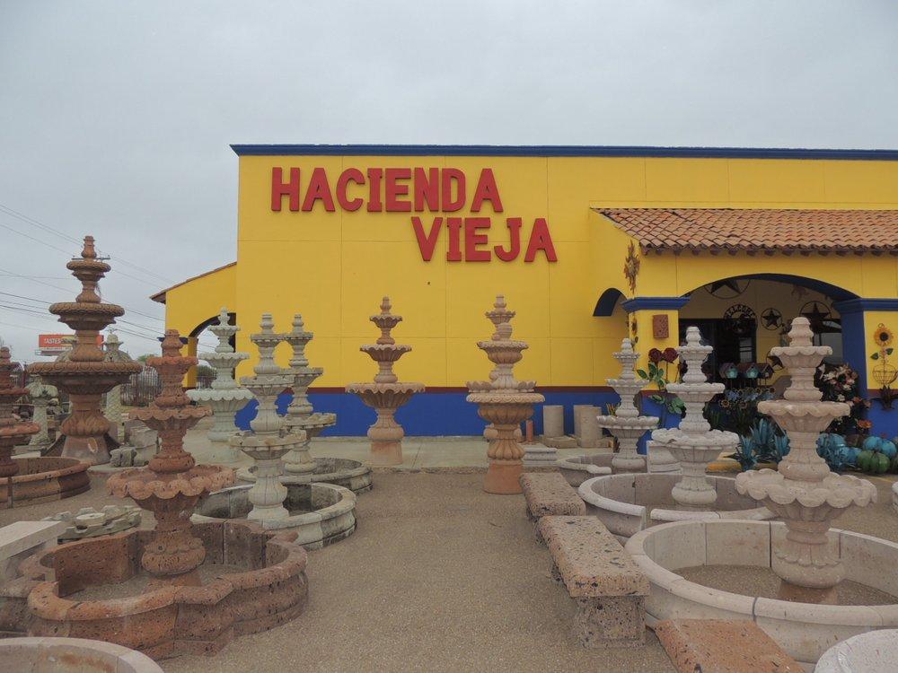 Hacienda Vieja Mexican: 5810 E Saunders St, Laredo, TX