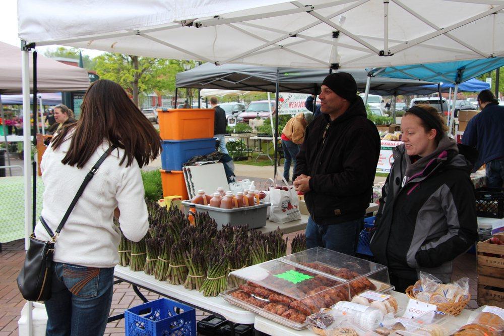 Farmington Farmers & Artisans Market