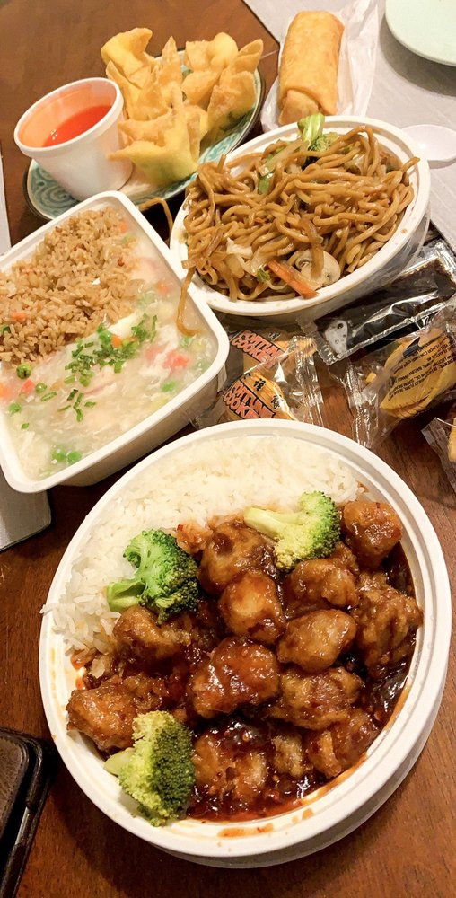 China Kitchen: 268 3rd St S, Saint Petersburg, FL