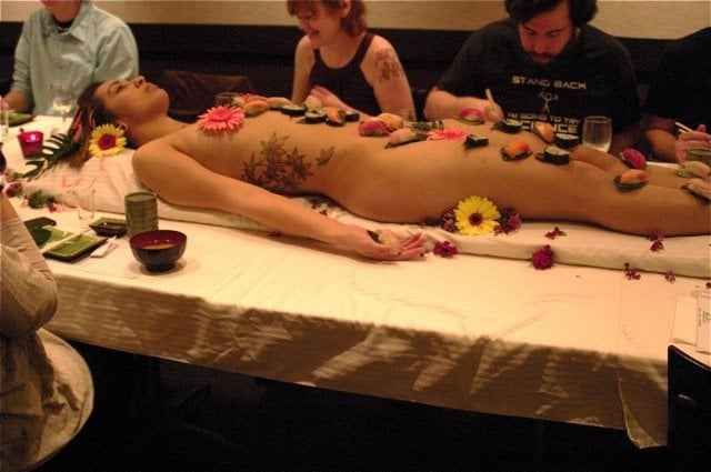 naked-sushi-chicago-eat-off-girl