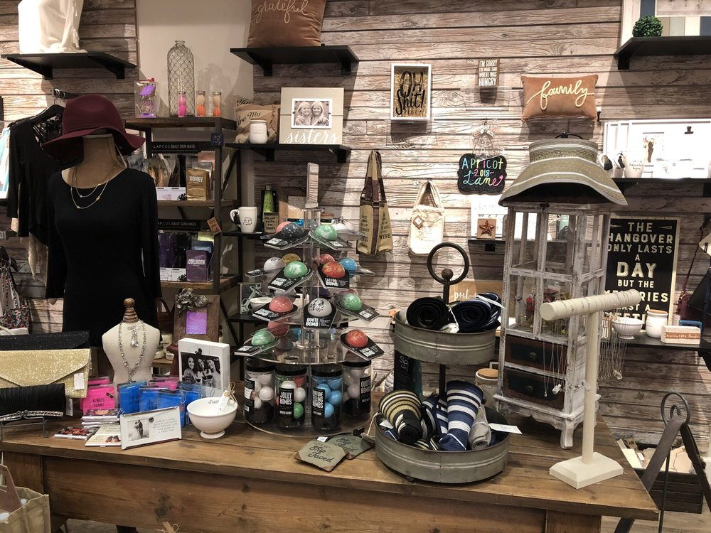 Apricot Lane Boutique - Reno