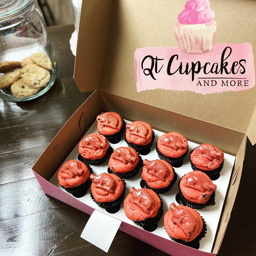 QT Cupcakes and More: 348 E 8th St, Mountain Home, AR