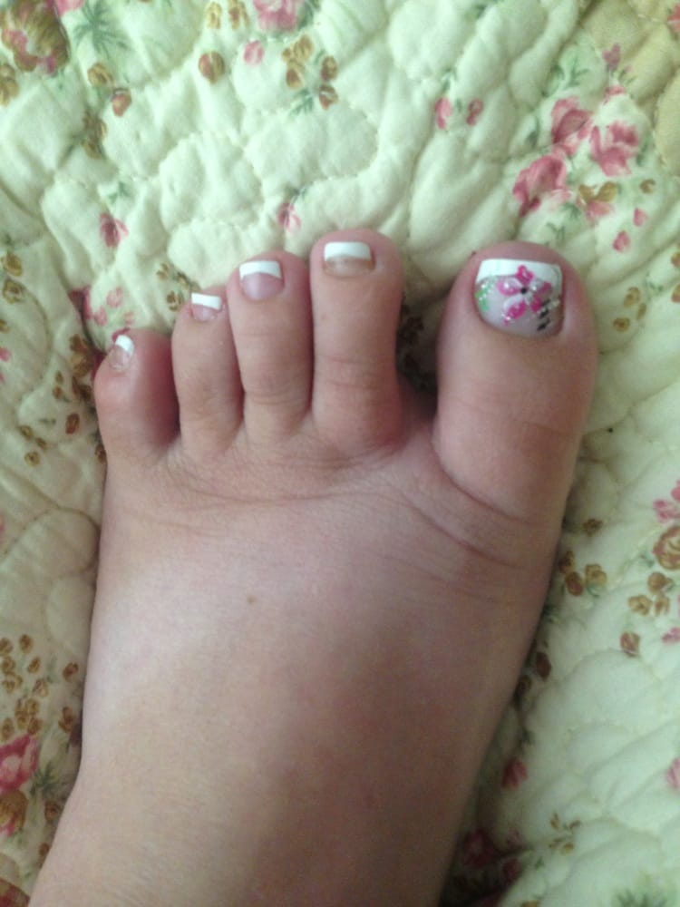 Cute French tip with a design on the toe. - Yelp
