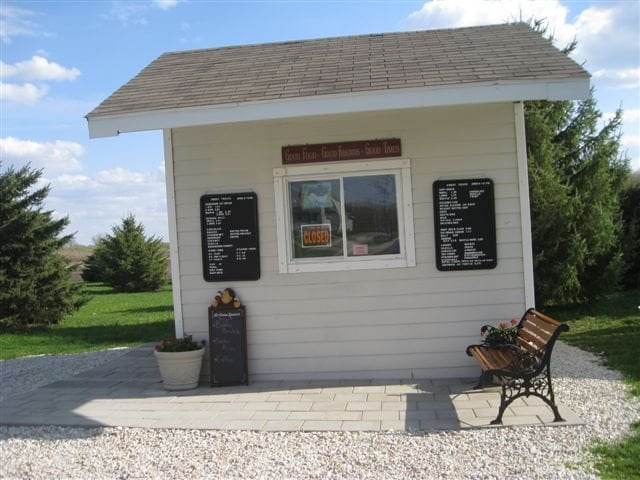Sweet Treats: 918 Edwards, Jewell, IA