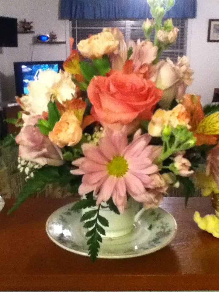 Alexandria Florist, Flower Shop and Gift Shop. We are a full service florist in Alexandria, LA. We offer unique floral arrangements and gifts, flower delivery and gift delivery, and excellent service. The Best Flowers in Alexandria is House of Flowers!