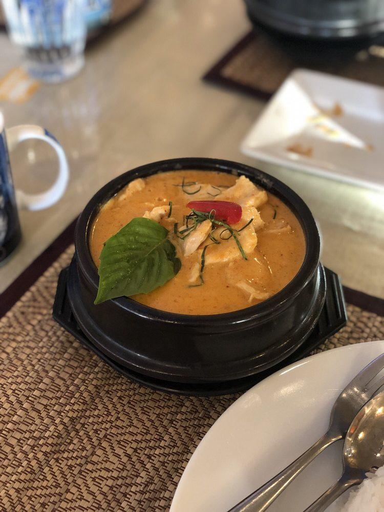 Lemon Grass Thai Cuisine: 388 Old Chena Pump Rd, Fairbanks, AK