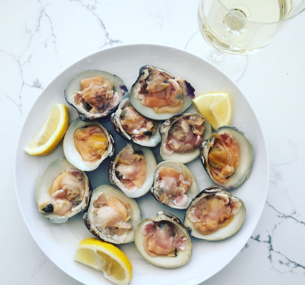 Out of the Blue Seafood: 252 E Montauk Hwy, Hampton Bays, NY