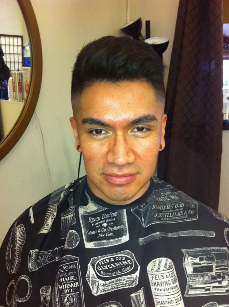 Phils Hairstyle In Broadway Barbers 17 Btoadway New Haven Ct