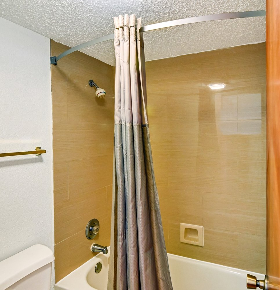 Motel 6: 13307 County Rd 472, Lindale, TX