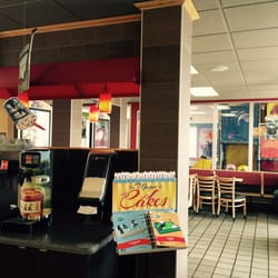 Dairy Queen 16 Photos 18 Reviews Fast Food 1101 S Taylor St