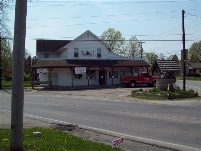 D & G Gunshop: 23995 State Line Rd, Lawrenceburg, IN