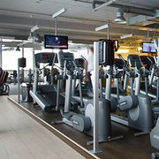 Fitness First - 18 Fotos & 33 Beiträge - Fitnessstudio ...