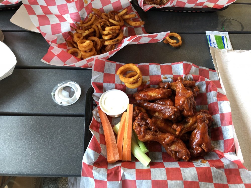 Zooky's Sports Tavern: 450 Constitution Blvd, New Brighton, PA