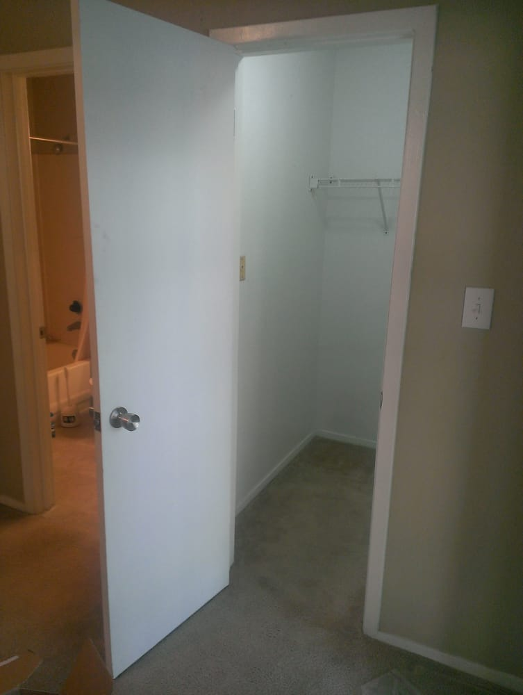 Photo Of Pecan Grove Apartments   Austin, TX, United States. 5x5 Closet Next