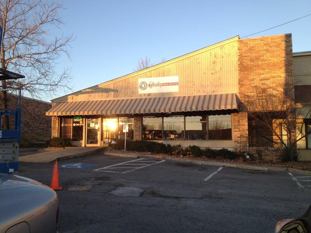 Shipley Donuts: 1424 N Shackleford Rd, Little Rock, AR