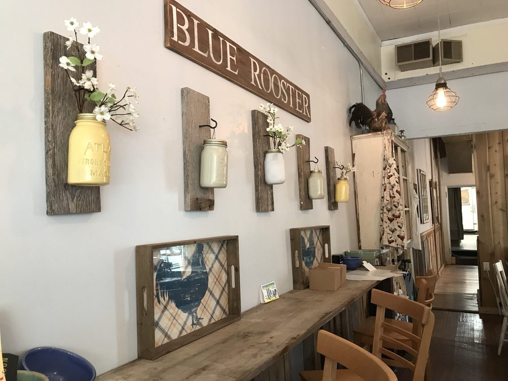 Blue Rooster Bakehouse: 38 S Main St, Oberlin, OH