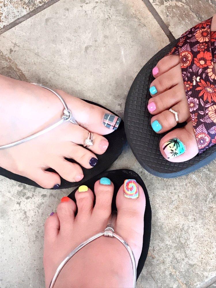 T Nails & Spa: 2190 E Kimberly Rd, Davenport, IA