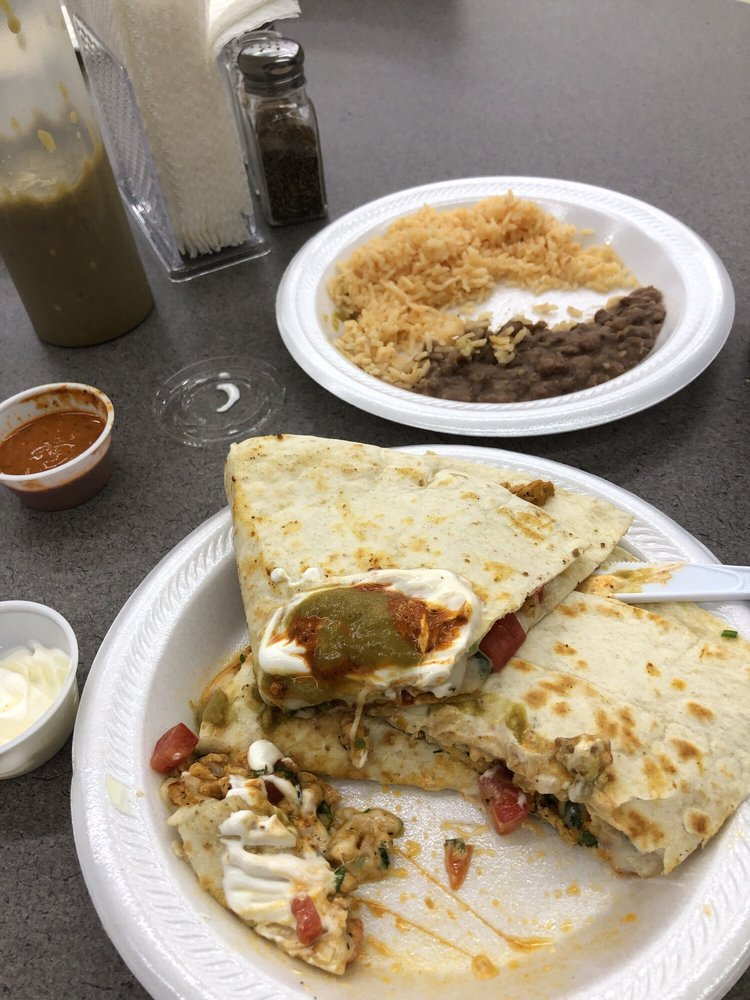 Chile Verde Mexican Restaurant: 1925 8th St NW, Winter Haven, FL