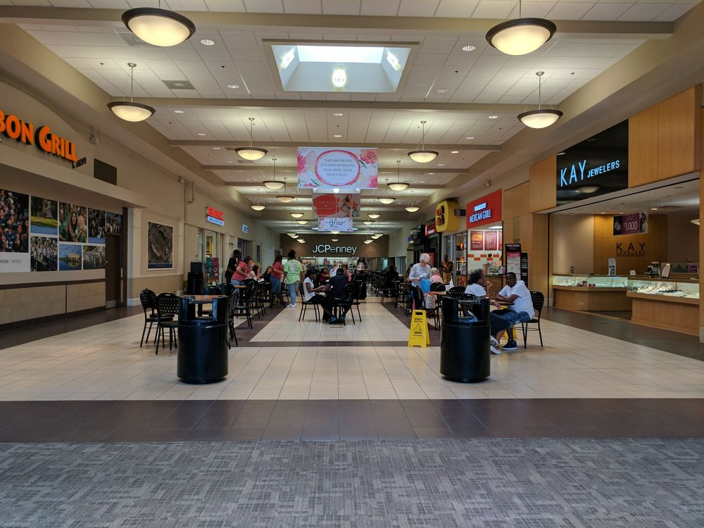 List of Sears stores in United States. Locate the Sears store near you. Sears - store locator List of all stores; Map; Choose another outlet store. All Sears store locations «Information & Search by ZIP. Alpharetta, GA in North Point Mall. Store. Sears. N State Route 50, Bourbonnais, IL in Northfield Square Mall.