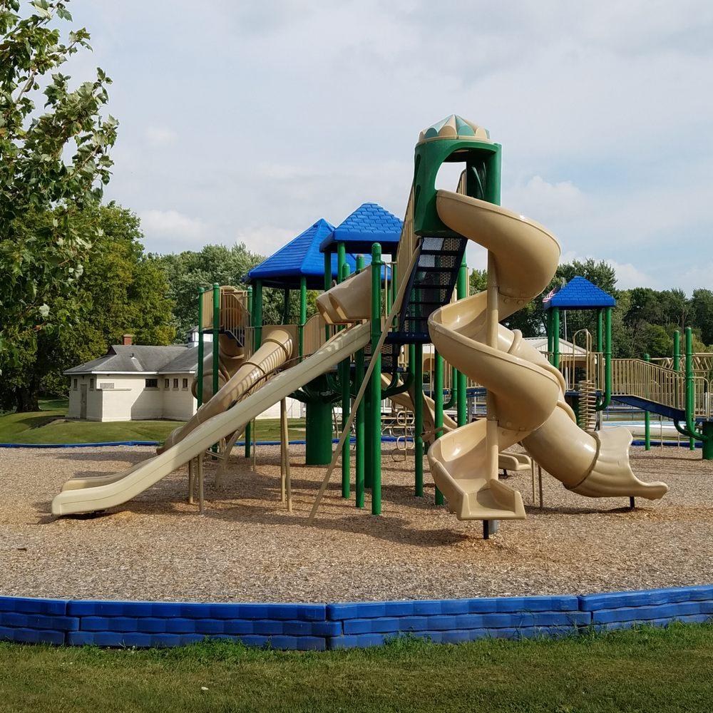 Brookside Park: 524 W Jackson St, Rensselaer, IN