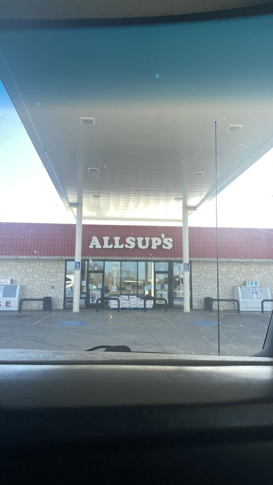 Allsup's Convenience: 701 W 2nd St, Clarendon, TX