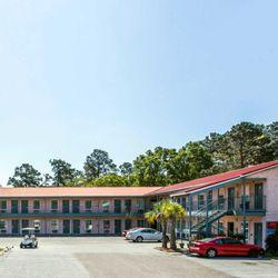 Photo Of Rodeway Inn Surfside Beach Sc United States