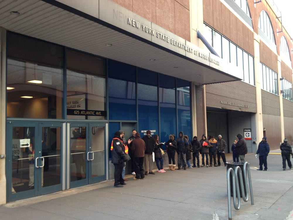 This is the full line at 7 38am on wednesday february for Department of motor vehicles near my location