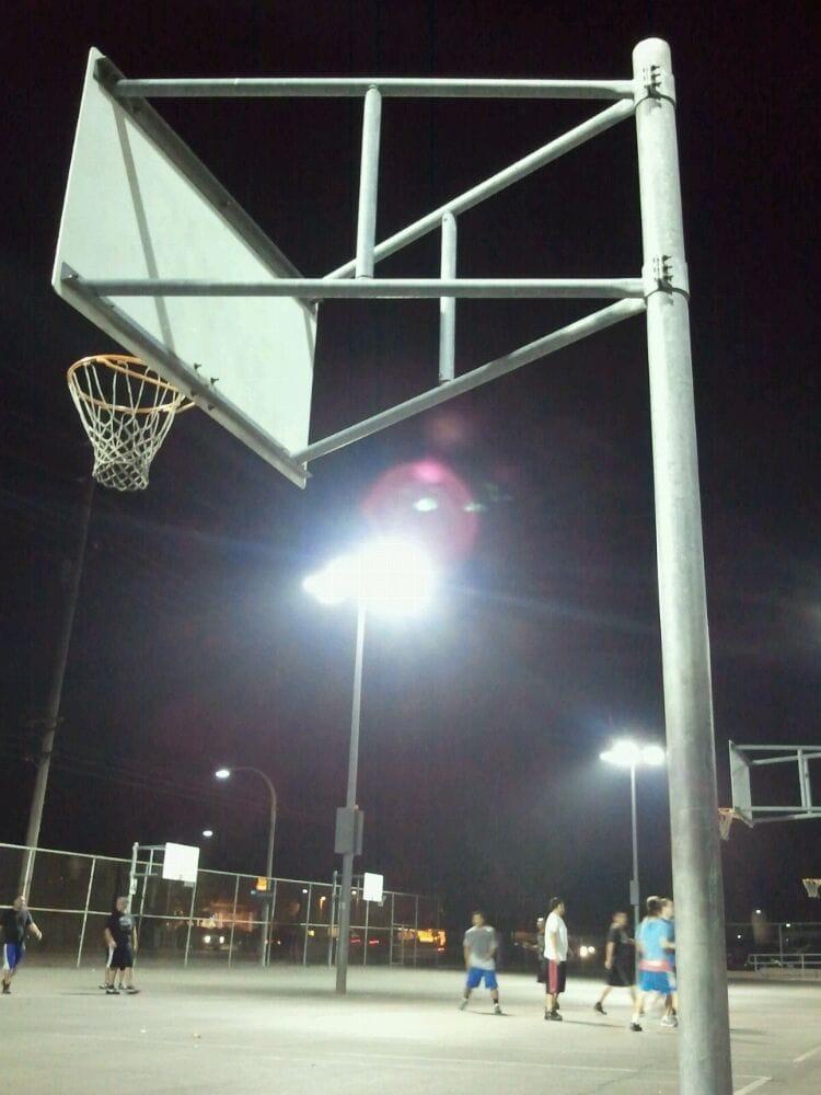 Brea Junior High - Lambert Basketball Court: 400 N Brea Blvd, Brea, CA