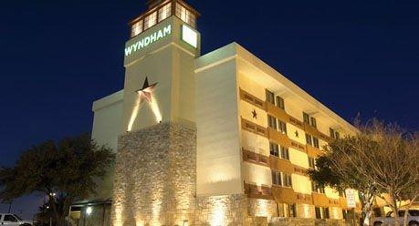 wyndham garden hotel woodward conference center 80. Black Bedroom Furniture Sets. Home Design Ideas