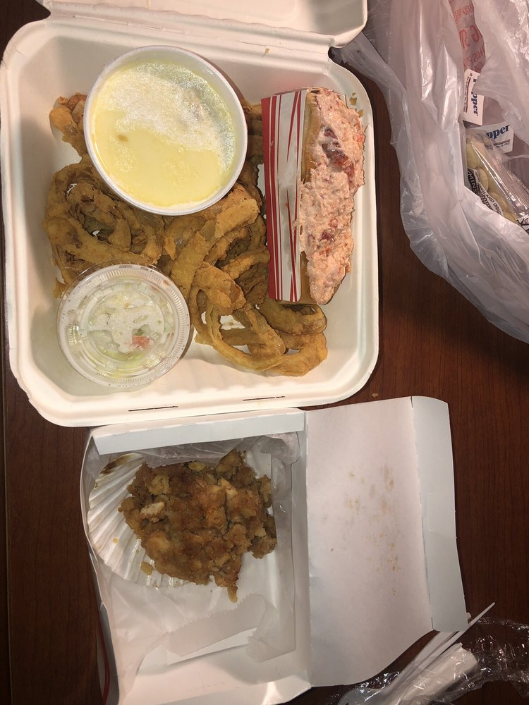 Mac's Downeast Seafood: 894 Minot Ave, Auburn, ME