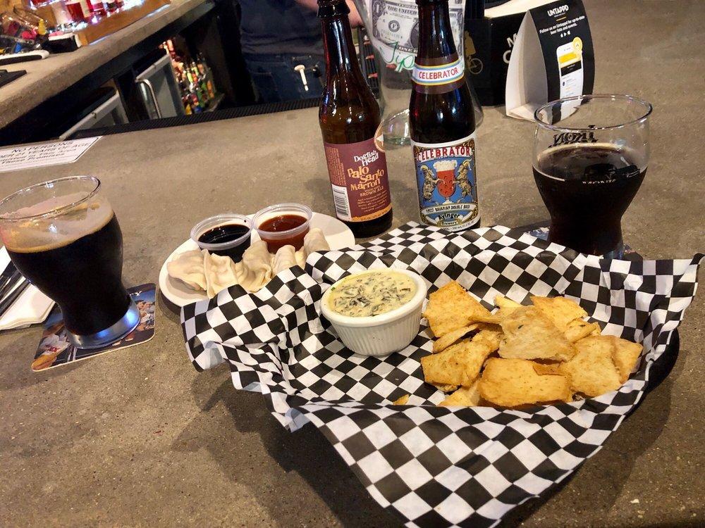 Astoria Blvd bistro & Bar: 217 East Grand Ave, Ponca City, OK