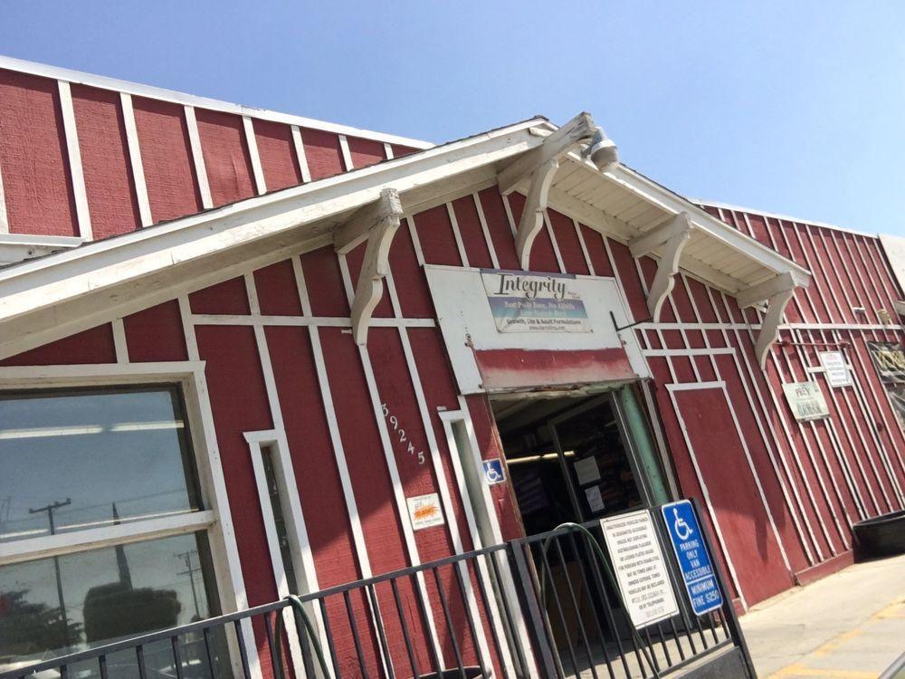 Cherry Valley Feed & Pet Supply: 39245 Vineland St, Cherry Valley, CA