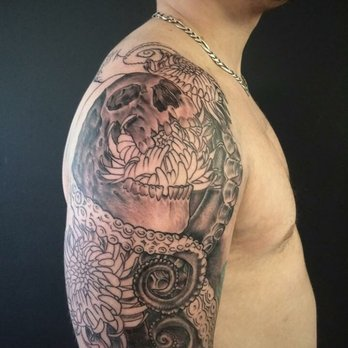 Undeadink studios 24 photos tattoo 9612 e sprague for Best tattoo artists in spokane