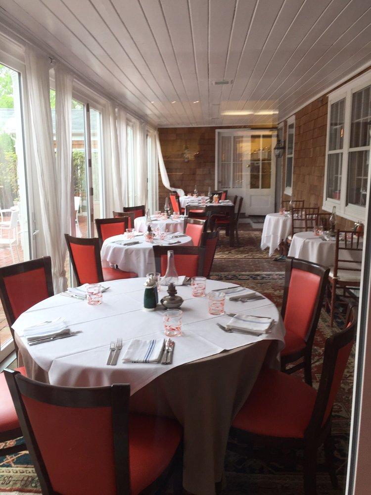 Bridgehampton Inn & Restaurant: 2266 Montauk Hwy, Bridgehampton, NY