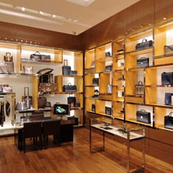 cc84539c6c18 Louis Vuitton New York Saks Fifth Ave - 19 Photos   22 Reviews ...