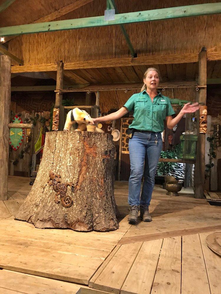 Zoosiana Zoo Of Acadiana: 5601 Hwy 90 E, Broussard, LA