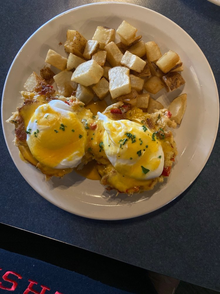 A2Z Cafe: 4705 E 96th St, Indianapolis, IN