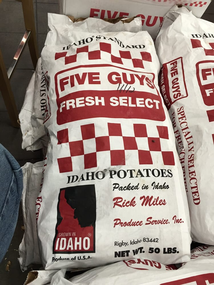 Five Guys: 1251 N Bridge St, Chillicothe, OH