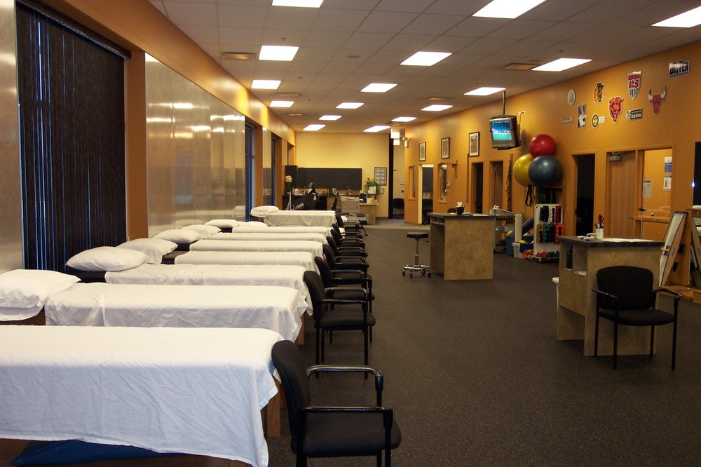 Athletico Physical Therapy - Garfield Ridge: 6255 S. Archer Ave., Chicago, IL