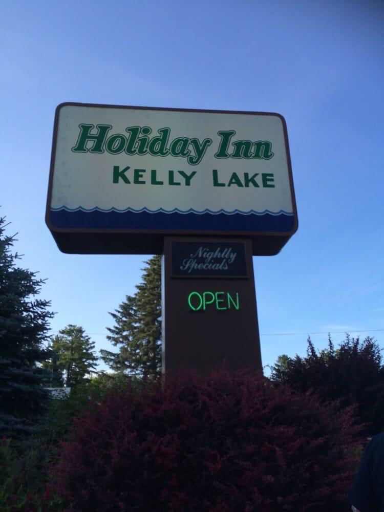 Holiday Inn - Kelly Lake: 9600 Hwy G, Suring, WI